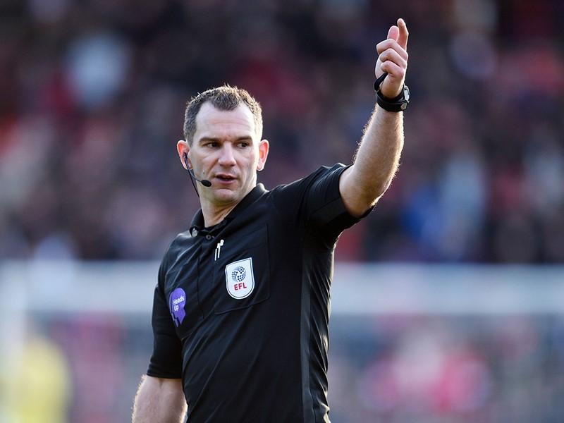 Referee Tim Robinson
