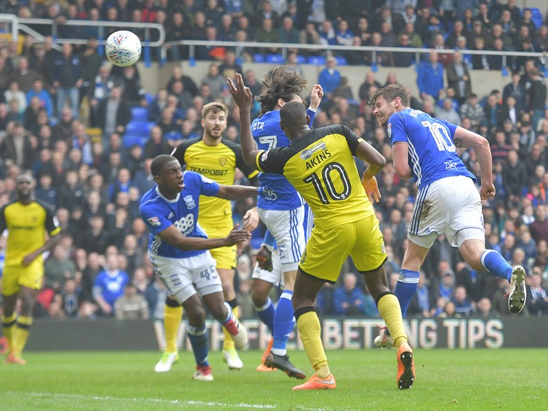 Lukas Jutkiewicz fires home Blues' equaliser against the Brewers.