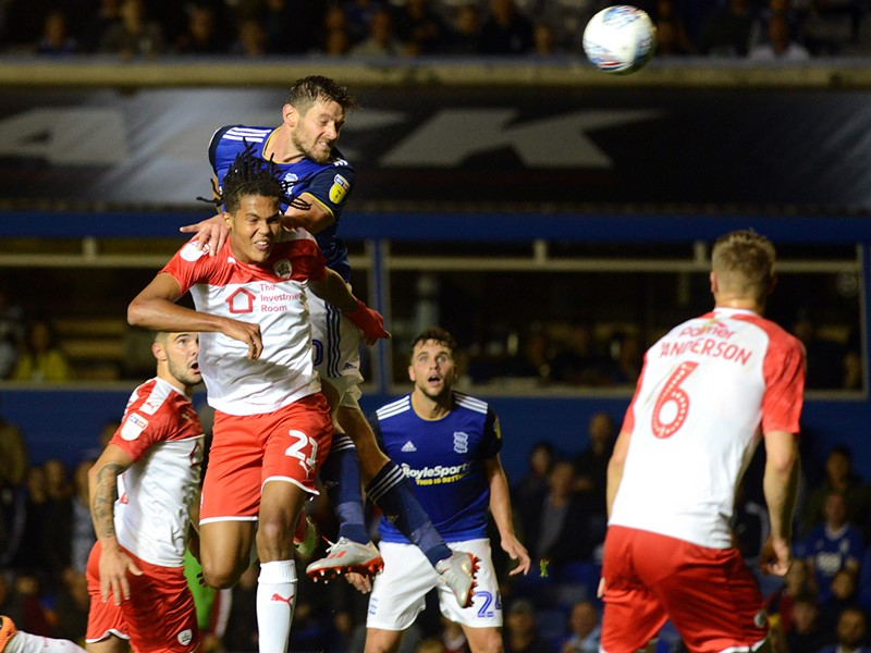 Lukas Jutkiewicz heads home Blues' opener.