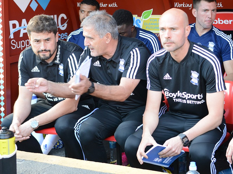 Xavi Calam (right) in the dugout alongside Paco Herrera and Pep Clotet at The Valley last weekend.