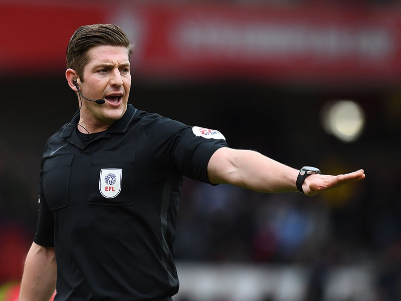 Referee Robert Jones.