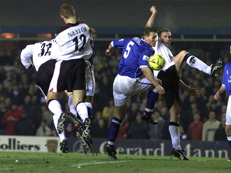 Darren Purse in action against Ipswich Town.