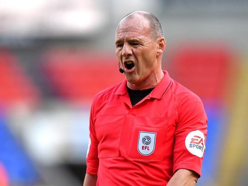 Referee Scott Duncan.