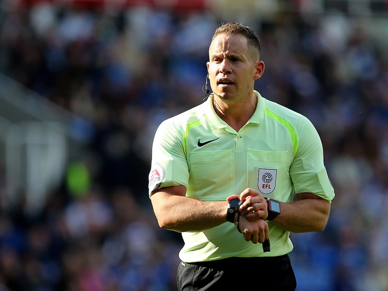 Referee Stephen Martin.