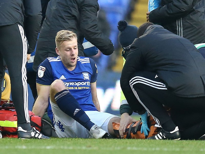Marc Roberts was stretchered off against Millwall.